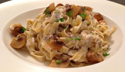 pasta spek champignonsaus